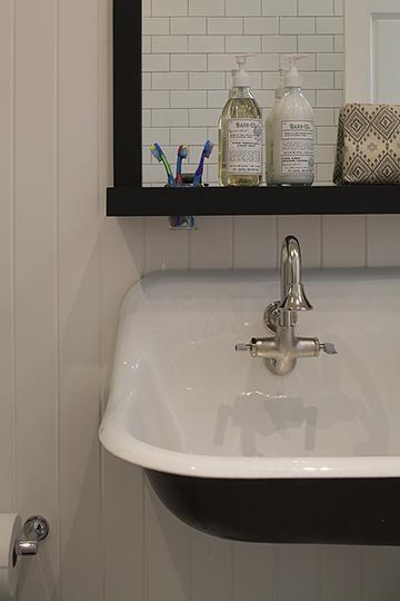 Guest Bathroom Toothbrush Jar